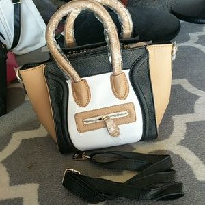Nwot Black, white, nude mini smile bag cross body